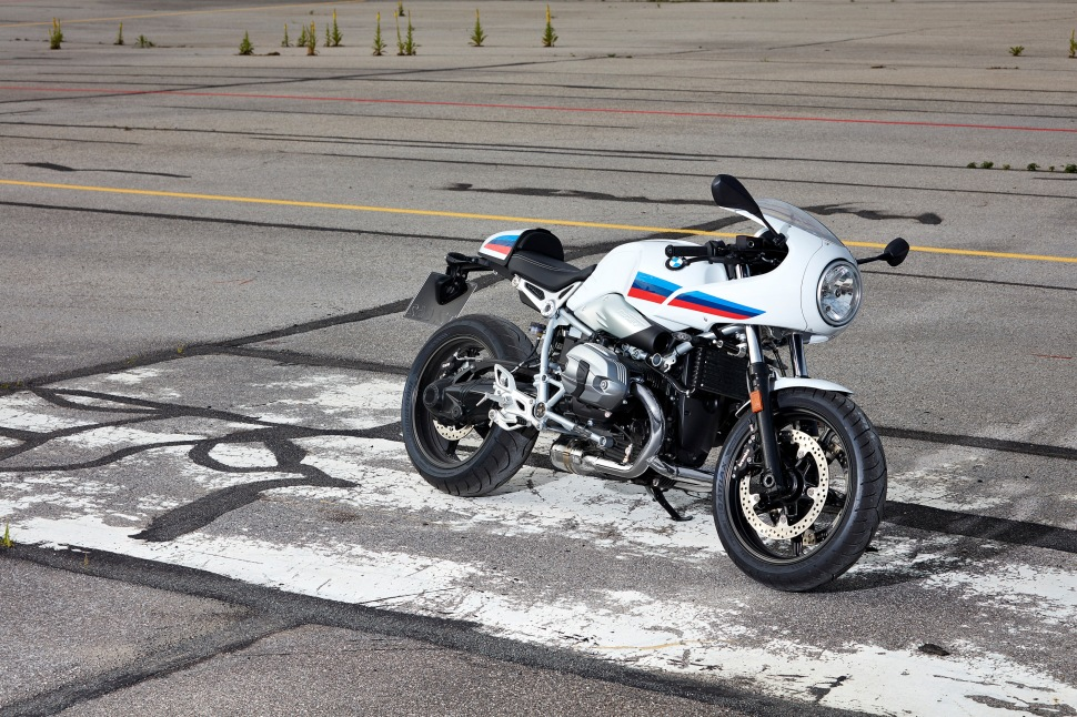p90232650_highres_the-new-bmw-r-ninet