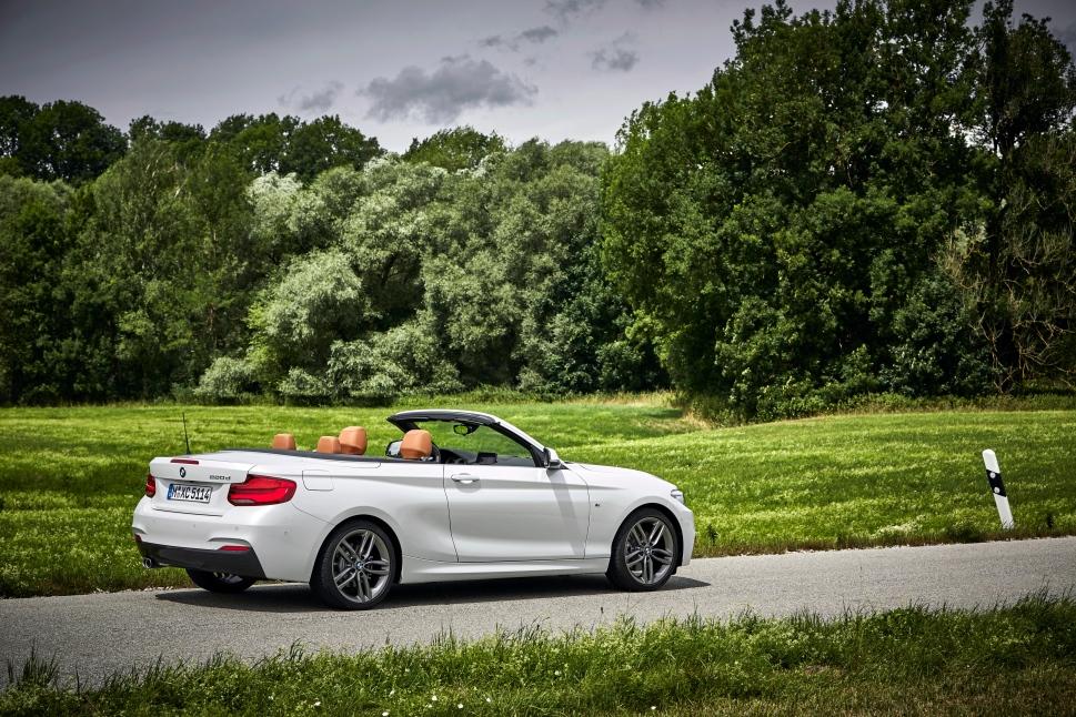 BMW_220d_Convertible_42