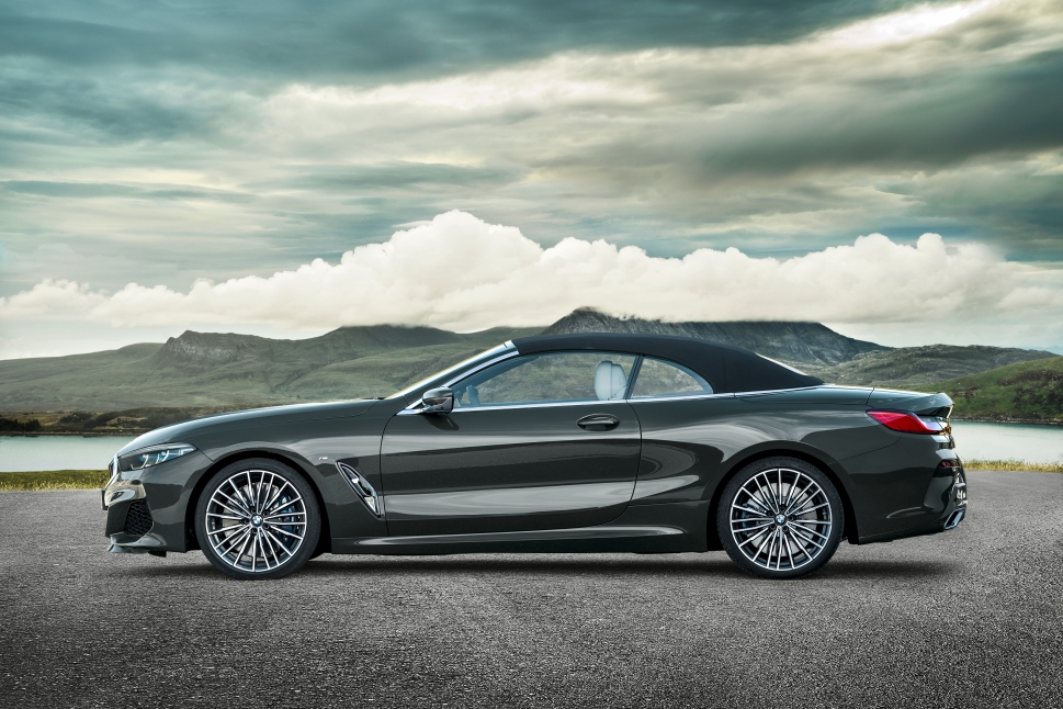 P90327647_highRes_the-new-bmw-8-series