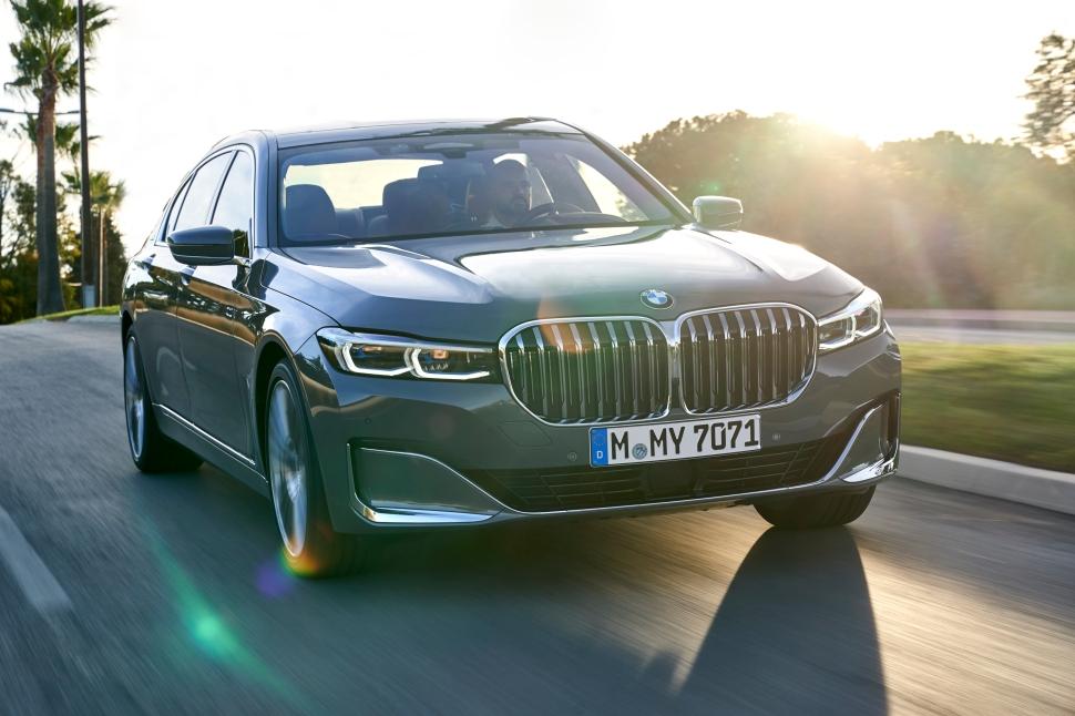 BMW 750Li xDrive_25