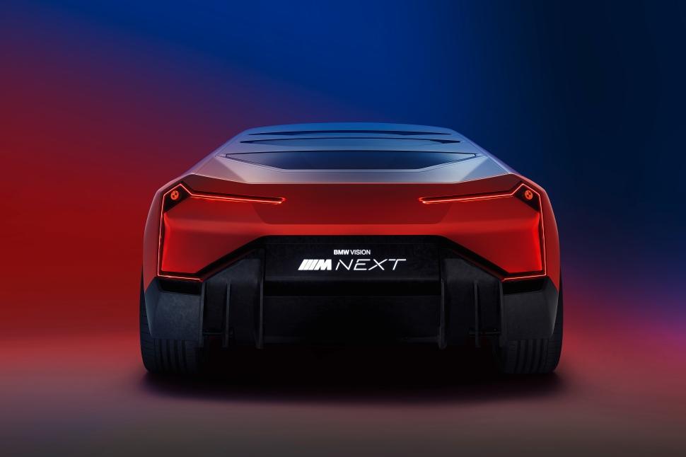 BMW_M_Vison_Heck_farbig_test