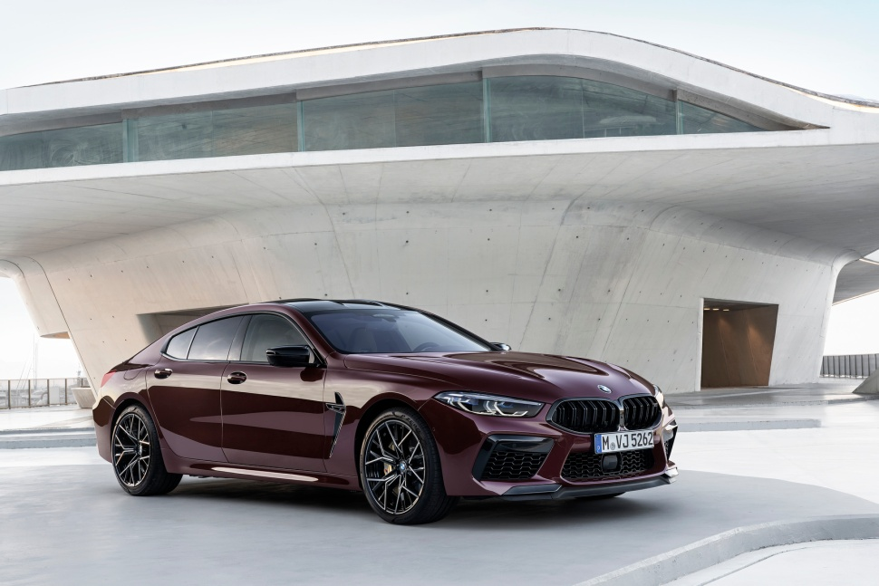 P90369567_highRes_the-new-bmw-m8-gran-