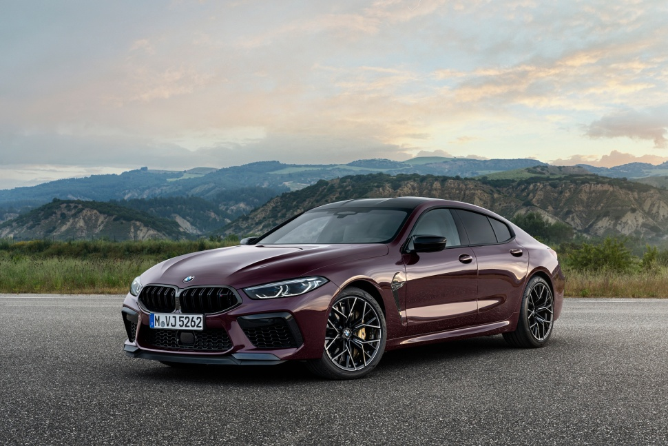 P90369590_highRes_the-new-bmw-m8-gran-