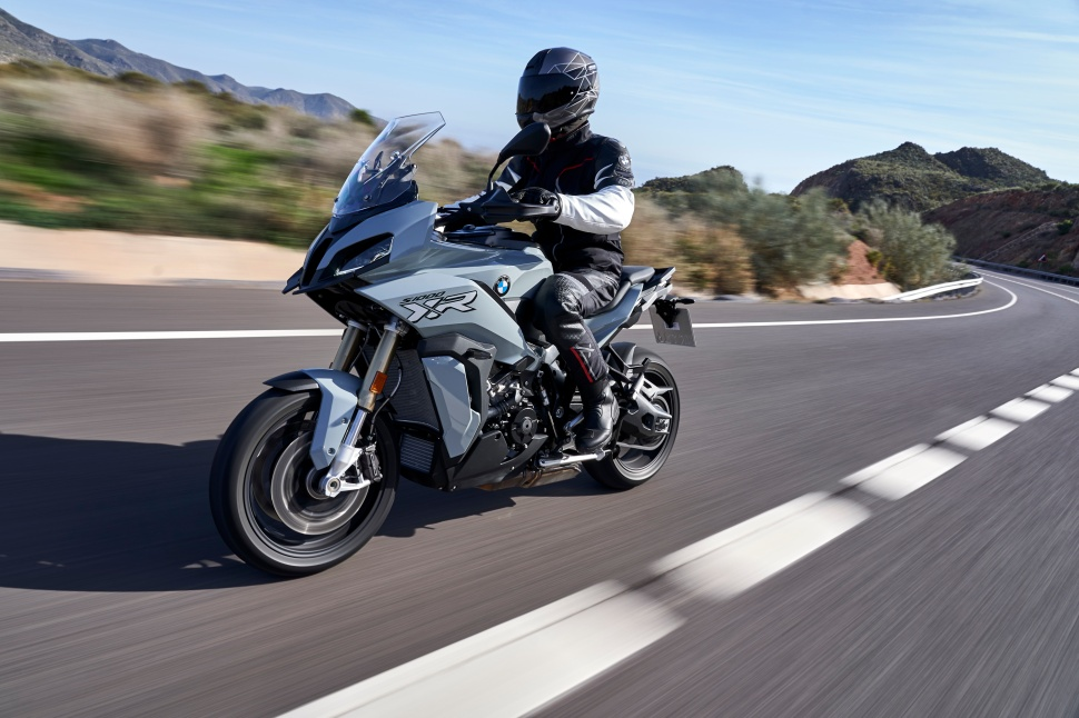 BMW_S1000XR_action_025