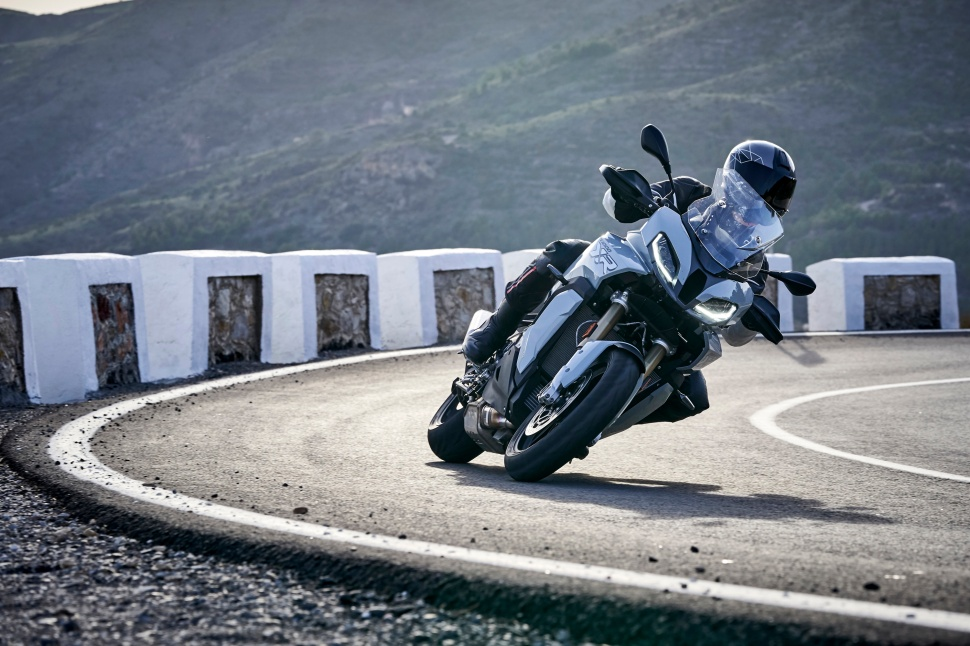 BMW_S1000XR_action_032