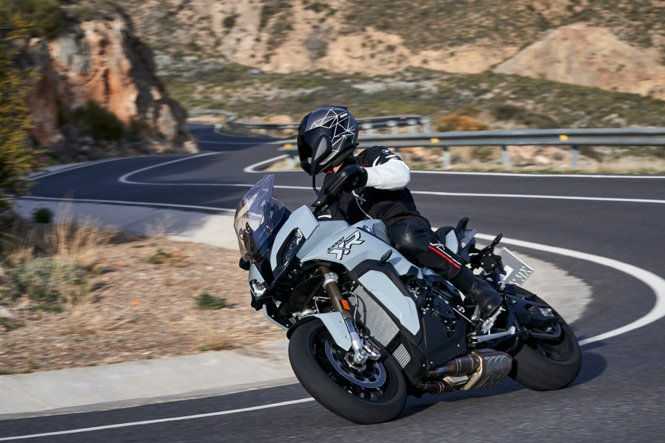 BMW_S1000XR_action_040