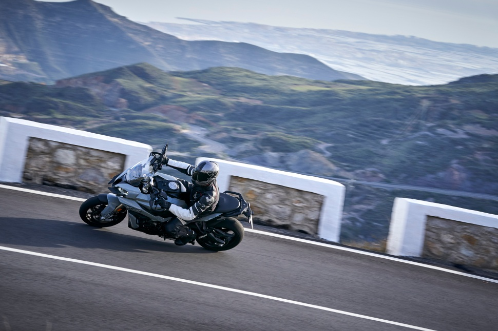 BMW_S1000XR_action_053