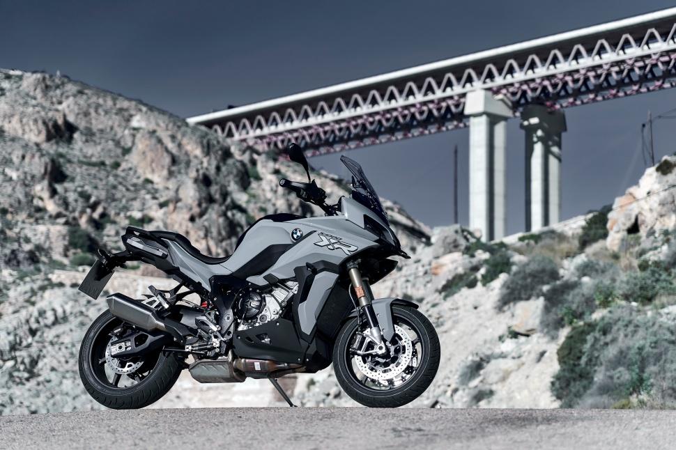 BMW_S1000XR_static_127